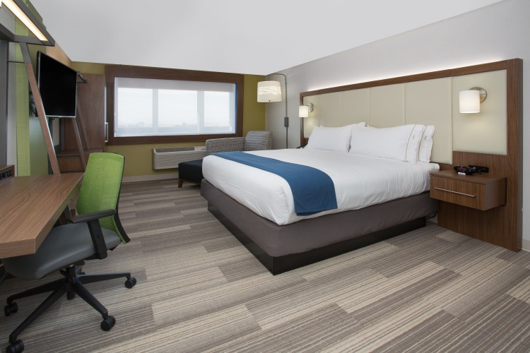 Holiday Inn Express & Suites Baltimore - BWI Airport North, MD 21090 near Baltimore-washington International Thurgood Marshall Airport View Point 4