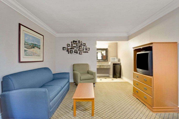 Days Inn & Suites/College Park/Atlanta/Airport West, GA 30349 near Hartsfield-jackson Atlanta International Airport View Point 9