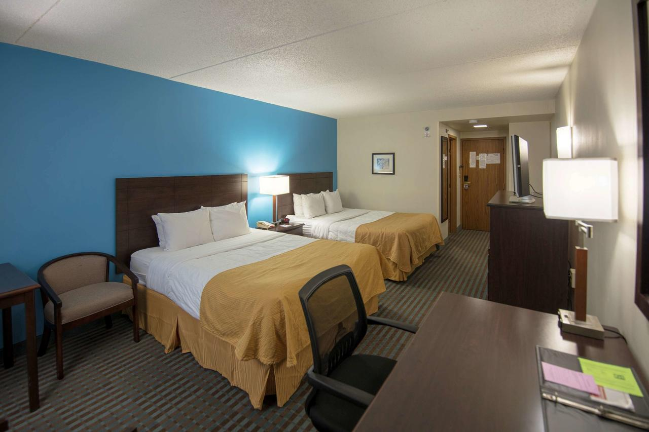 Ramada Hotel & Convention Center , IA 52404 near The Eastern Iowa Airport View Point 3