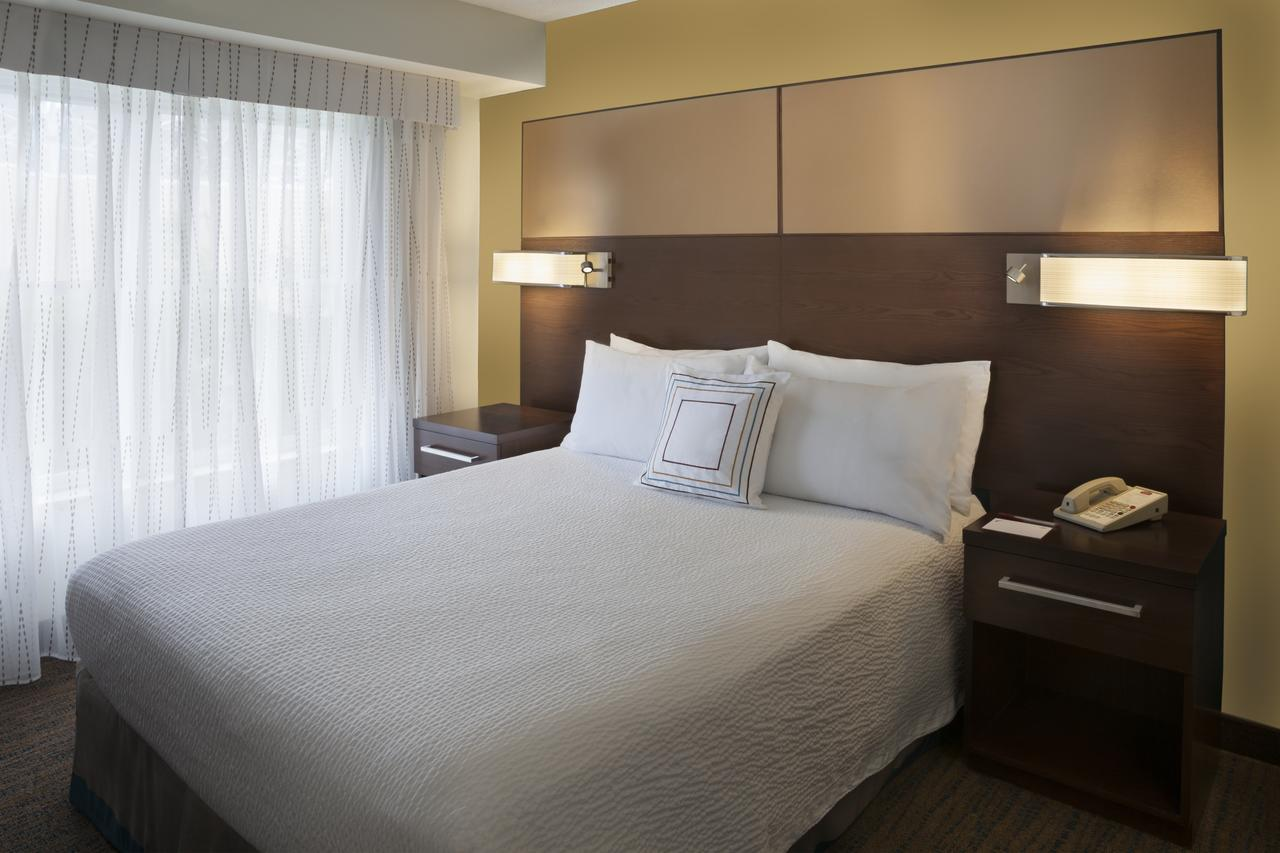 Residence Inn by Marriott Mississauga Meadowvale , On, Canada L5N 7K2 near Toronto Pearson International Airport View Point 6
