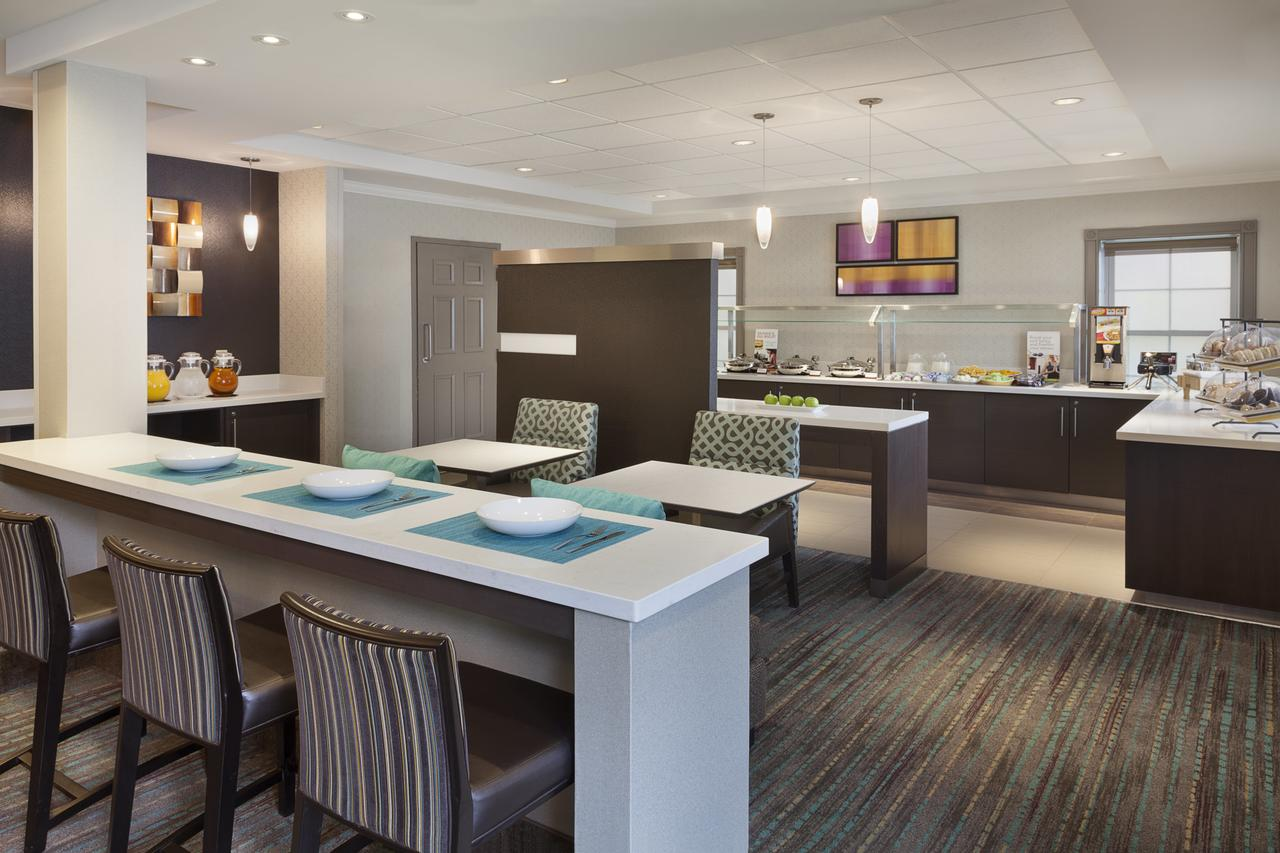 Residence Inn by Marriott Mississauga Meadowvale , On, Canada L5N 7K2 near Toronto Pearson International Airport View Point 10
