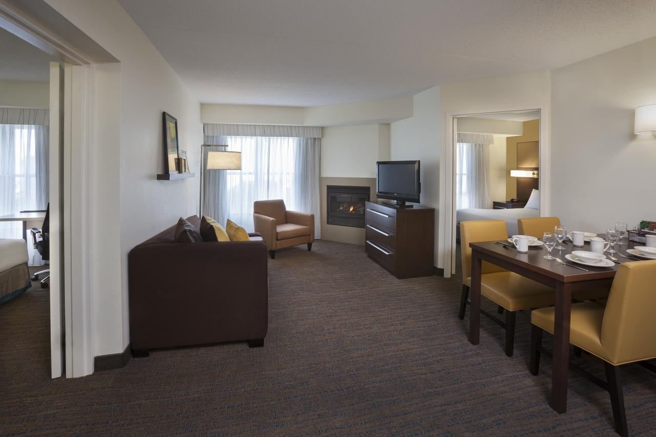 Residence Inn by Marriott Mississauga Meadowvale , On, Canada L5N 7K2 near Toronto Pearson International Airport View Point 5