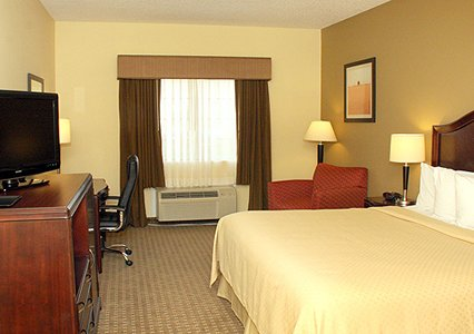 Quality Inn & Suites, TX 77037 near George Bush Intercontinental Airport View Point 2