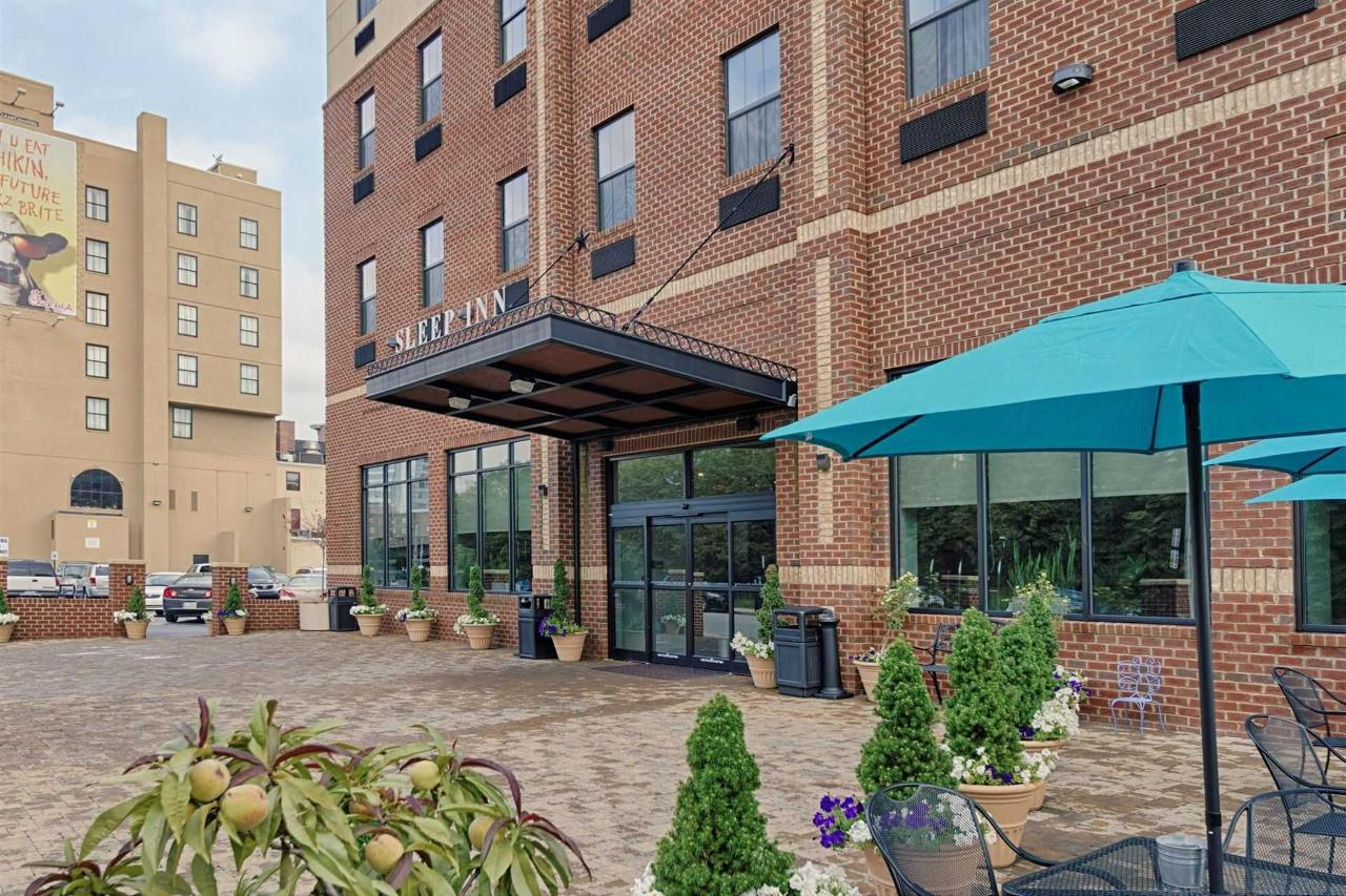 Sleep Inn and Suites Downtown Inner Harbor, MD 21202 near Baltimore-washington International Thurgood Marshall Airport View Point 2