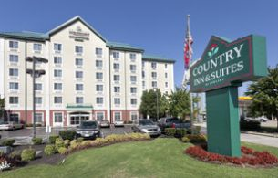 Country Inn & Suites, TN 37214