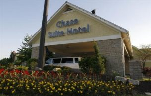 Chase Suite Hotel, MO 64153
