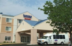 Fairfield Inn & Suites , MO 64153