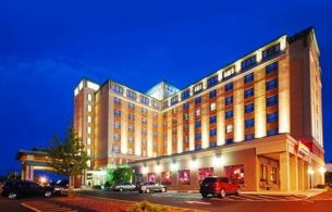 Hotels Near Logan Airport With Free Parking
