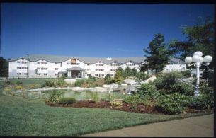 Best Western Plus Executive Court & Conference Center , NH 03103