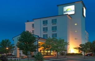 Days Inn Pittsburgh Airport, PA 15108