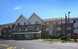 MainStay Suites, WI 53154
